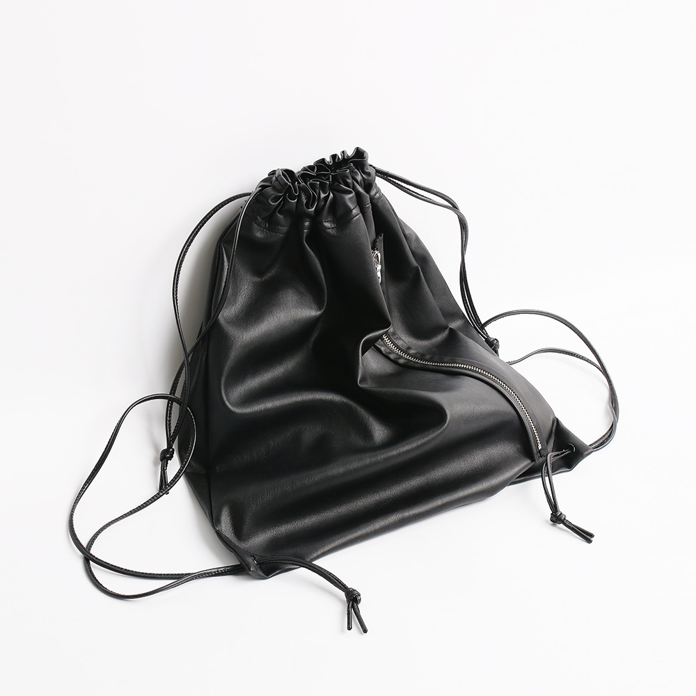 ATE STUDIOArtificial Leather Easy Bag(Black)