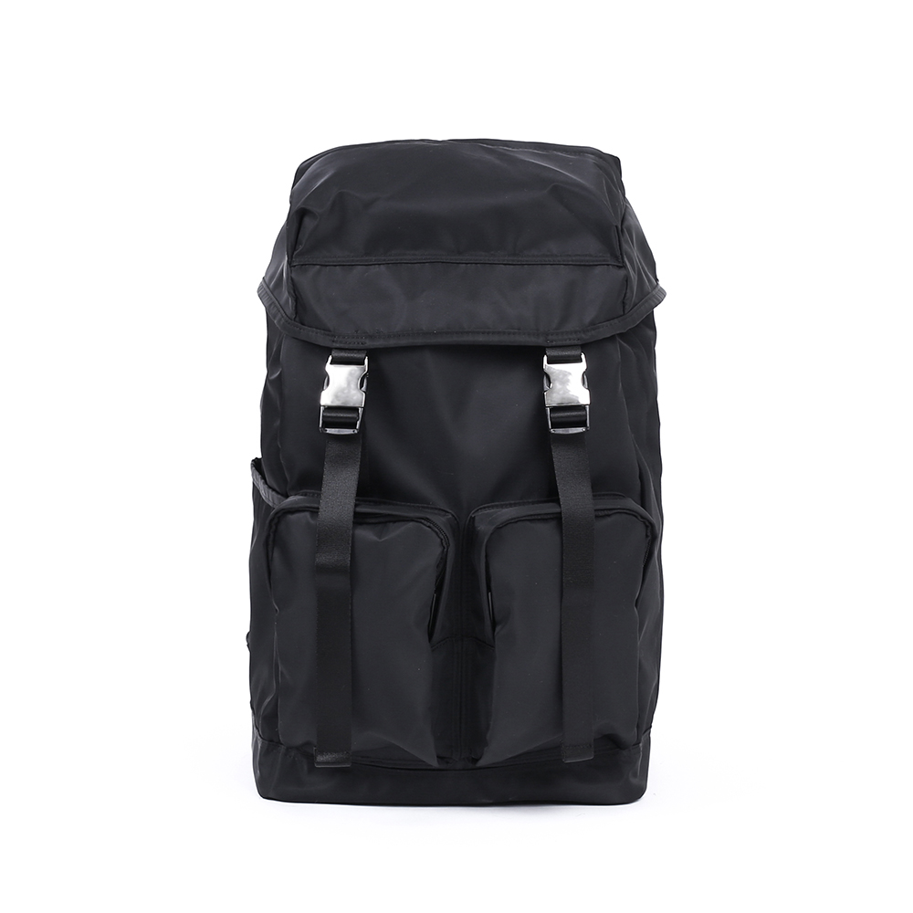 MAZI UNTITLEDNylon All Day Bag(Black)