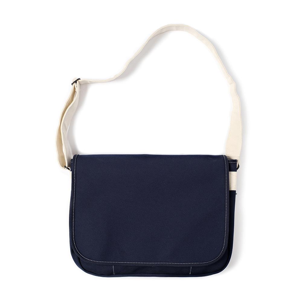MAZI UNTITLEDRunner's Bag(Navy/Ecru)