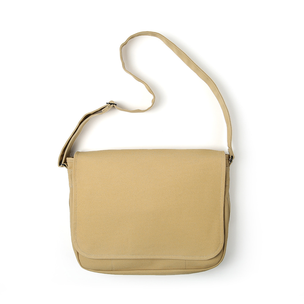 MAZI UNTITLEDRunner's Bag(Tan)