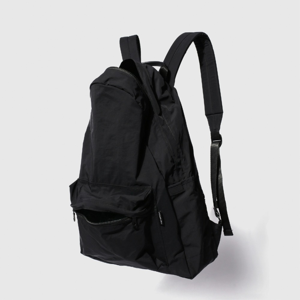 MAZI UNTITLED*RESTOCK*Nylon All Day Back(Black)