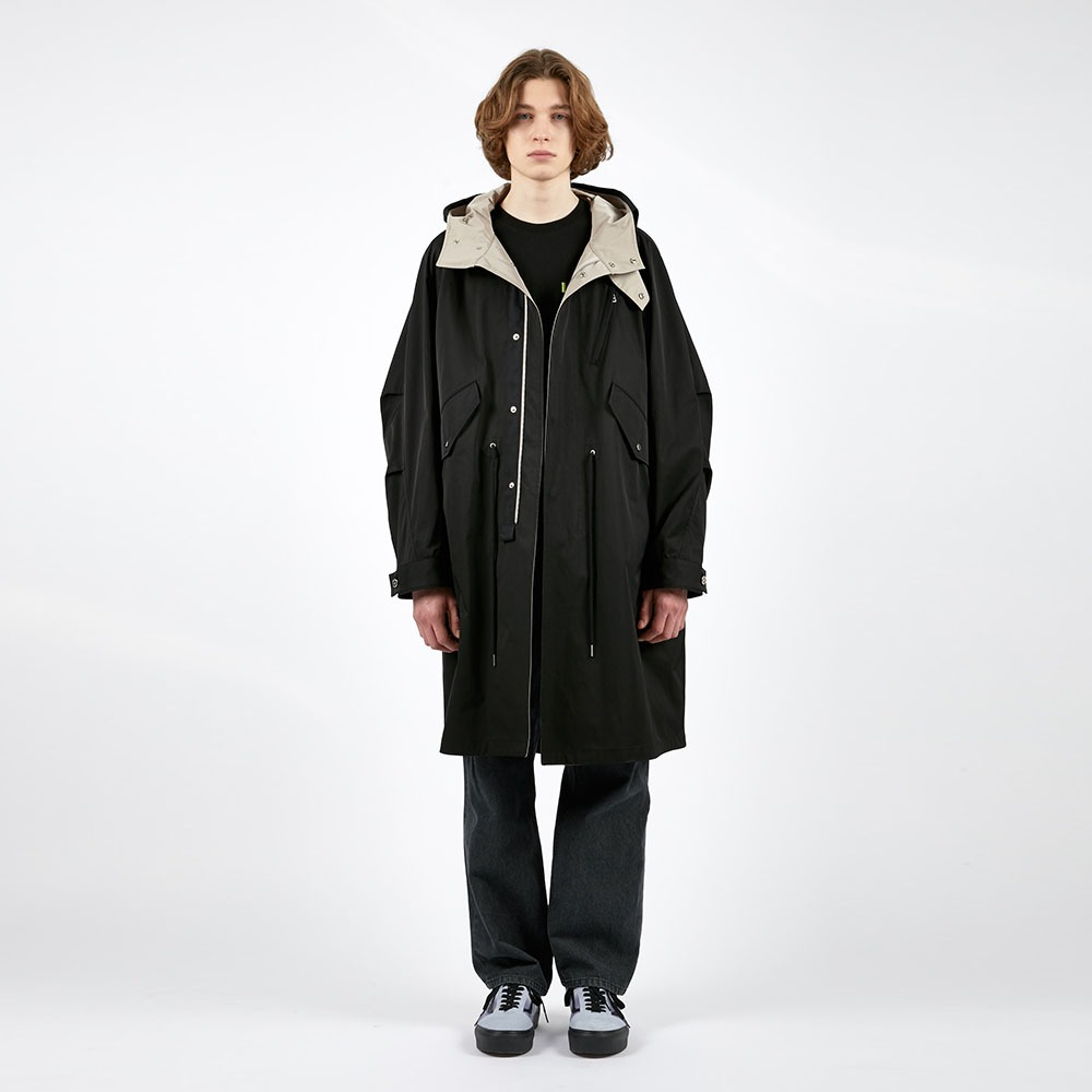 AFTER PRAYContrast Pannel Mods Coat(Black)
