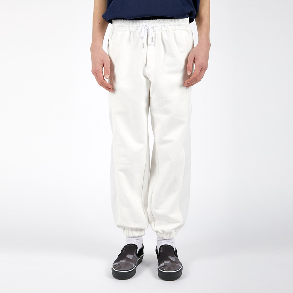 AFTER PRAYSignature Pannel Sweat Jogger(white)