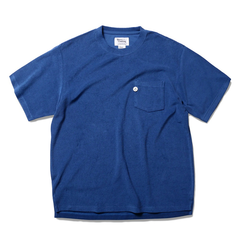 TEXT & SLNC X NAMER CLOTHINGSmile Button Terry Pocket T(Blue)